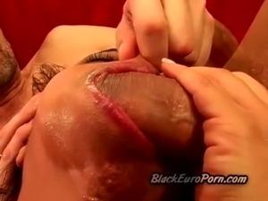 Black ebony whore gets her asshole stretched and gangbanged free