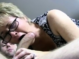 Dicksucking spex milf tasting cock