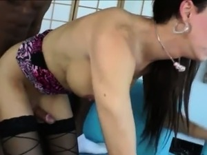 Tgirl bombshell Danika Dreamz gets her juicy ass ripped