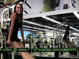 Denise teen blonde chick exercises at the gym