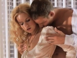 Blonde first date ending with sex