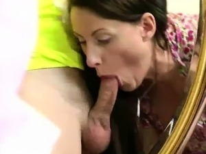 Mature British lady in stockings getting her ass fucked