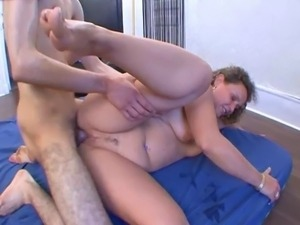A stranger fuck my wife!! French amateur