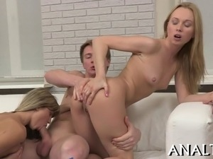 Hunk is stuffing his hard boner deeply into babes cunt from behind