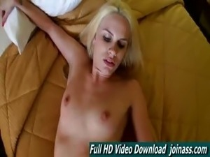 Jewels Blonde Blowjob Car Squirting