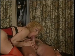 Colette huge's insertion and double fisted