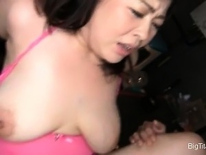 Big boobed babe with huge nipples makes part5