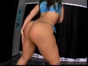 Ebony Sexy Dancing free