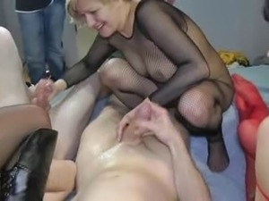 3 older ladies squirting and fucking