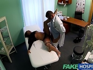 FakeHospital Teen model cums for tattoo removal doctor enjoys himself in her...