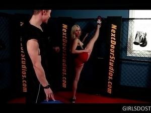 Splendid blonde seducing her fitness trainer and fucking him at the gym