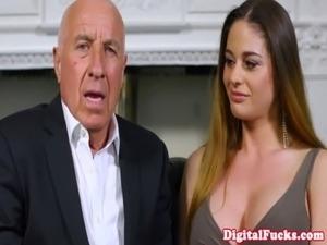 Gorgeous latina voyeur joins fuck free