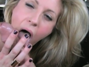 Busty amateur whore Ashley railed by pervert driver
