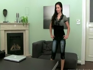 Real sex audition brunette giving head free