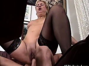 Dirty mature bitch gets horny sucking part6