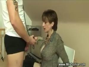 Dominatrix sucks her slaves cock off free