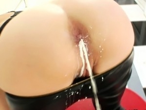 Milk gushes from solo hoes ass