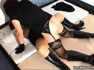Masked slut gets creampied by crossdresser