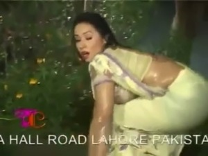 Rain Song Mujra Hot 01 free
