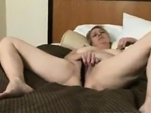 Housewife Fucks And Then Gets Clean