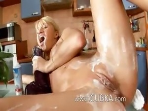 Solnce bang a huge girl in a kitchen