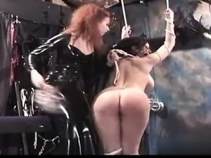 Hot model pussy pounding