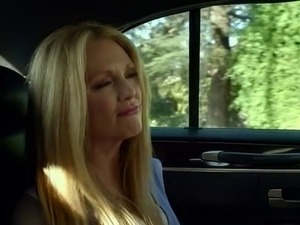 Julianne Moore in Map to the Stars