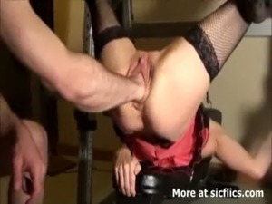 MONSTER PUSSY FISTING AND SQUIRTING ORGASMS free