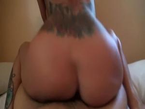 Drunk girl sucks a dick free