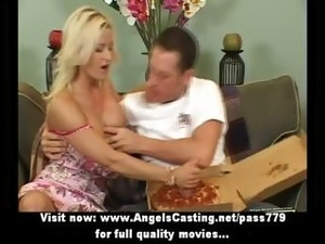 Busty blonde does blowjob and titsjob for pizza guy and undresses