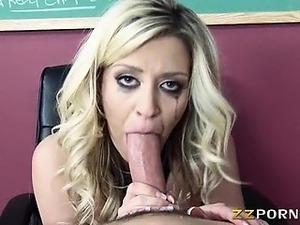 Big tits hoe Sienna Day fucked at school