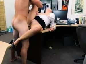 Big butt amateur babe pawns her pussy and pounded for money