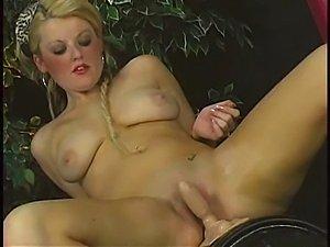 sybian Sophie Dee
