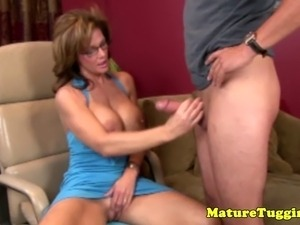 Mature handjob sex