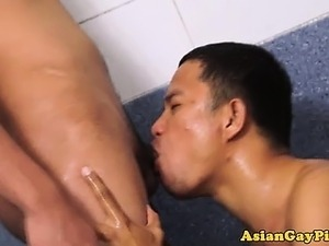Gay asian dude drinks pee in the shower