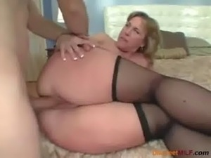 Big ass mommy loves anal sex free