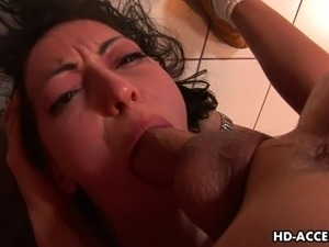 This graceful brunette cutie is Veronica Jett, the gal who loves nothing more...