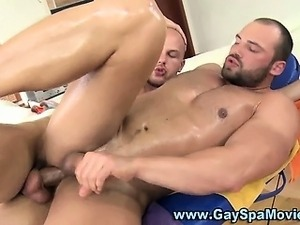 Gay muscly bear hunk gets fucked