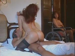 Erika Bella - La sedia a rotell ... free