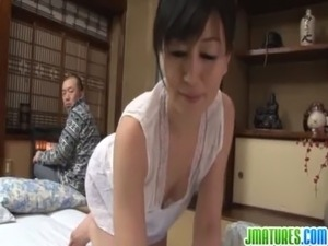 Mature chic in Japanese family has sex free