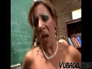 MATURE SEX IN CLASS !! free