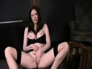 Fancy British Chick Fingering Her Pussy