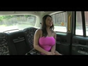 FakeTaxi Sexy American falls for old taxi trick free