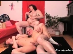 Alluring babe fucks grandpa