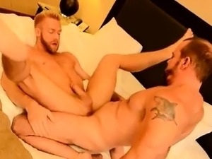 Hot gay The Boss Gets Some Muscle Ass