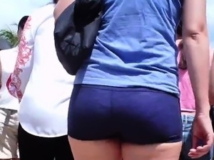 Nice Booty In Shorts Made Of Spandex