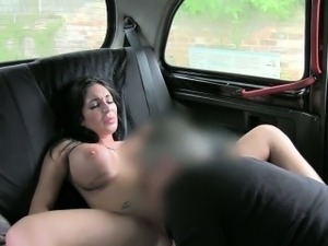 Enormous boobs whore fucked the driver for a free fare