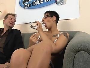 Autsch!! Der Dildo Deal mit Laureen