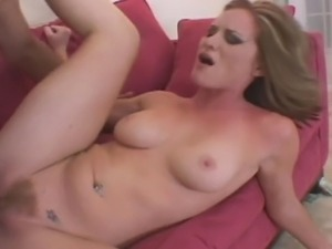 Amateur blonde reveals her curves and takes it deep in her hairy pussy