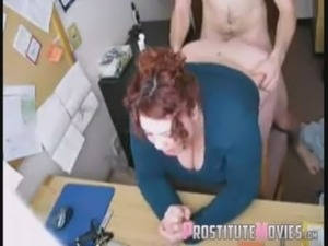 He takes his colleague in the office free